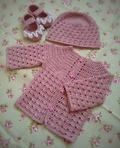Kamila Janas with her Polka Dot Cardigan entry got 164 votes and won this competition! Congratulations!!! :-) Kamila, I have your email and be sure to check it for the newest patterns when they are...