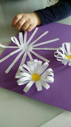 Spring crafts preschool creative art ideas 23 Spring crafts preschool c… - diy kids crafts Kids Crafts, Spring Crafts For Kids, Summer Crafts, Projects For Kids, Spring Craft Preschool, Craft Projects, Spring Art Projects, Preschool Ideas, Flower Craft Preschool