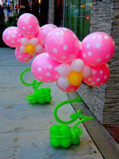 Flores gigantes de globos.