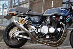 Kawasaki KZ 1000 MKII by Works Sports Racing