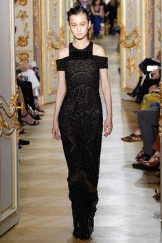 J. Mendel Fall 2016 Couture Fashion Show - Wangy Xinyu (Next)