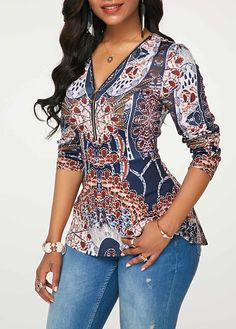 Stylish Tops For Girls, Trendy Tops, Trendy Fashion Tops, Trendy Tops For Women African Attire, African Dress, Blouse Styles, Blouse Designs, African Blouses, Casual Dresses, Fashion Dresses, Western Wear For Women, African Print Fashion