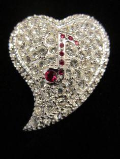 "Pretty Vintage 1-1/4"" Silver Tone Pave Rhinestone Heart w Music Note Brooch A68"