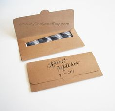 Eco chic Photobooth Wedding party favors in Kraft paper Picture Envelope by MySweetDay on Etsy https://www.etsy.com/listing/234537273/eco-chic-photobooth-wedding-party-favors