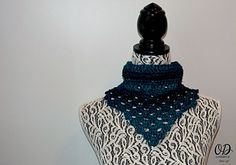 Winter Neckerchief by Oombawka Design Published in Oombawka Design by Rhondda Craft Crochet Category Neck / Torso → Other Published November 2015 Suggested yarn Red Heart Boutique Midnight Yarn weight Aran / 10 ply (8 wpi) ? Gauge 3 stitches = 2.5 cm Hook size 6.0 mm (J) Yardage 80 - 85 yards (73 - 78 m) Sizes available Teen / Adult