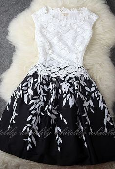 """I like this dress, but am worried that it says """"dark blue lace dress"""". it looks black and white to me! Pretty Outfits, Pretty Dresses, Beautiful Dresses, Gorgeous Dress, Mode Outfits, Fashion Outfits, Dress Fashion, Style Fashion, Girl Fashion"""
