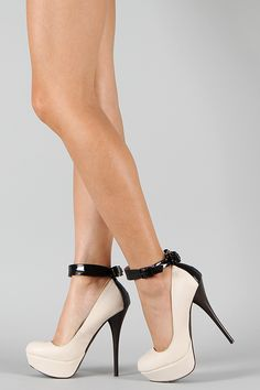 Neutral-211 Bow Ankle Strap Platform Pump