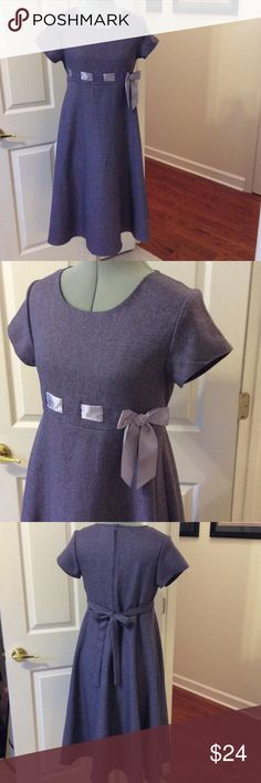 Young ladies Bonnie Jean dress Purple Bonnie Jean dress with bow front and tie back. Lined and zipper back. Good condition. Size 16.5 Bonnie Jean Dresses Formal