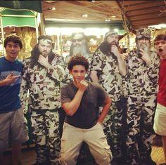 Some of the Robertson boys! John Luke, Lil Will and Cole! Cole Robertson, Robertson Family, Duck Dynasty Cast, Dynasty Tv, Jep And Jessica, John Luke, Redneck Humor, Duck Calls, Quack Quack