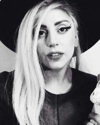 Lady Gaga entra em estúdio com integrante do Tame Impala e Mark Ronson #BrunoMars, #Cantora, #Funk, #Gaga, #Instagram, #JustinBieber, #Lady, #LadyGaga, #Lançamento, #MotherMonster, #Noticias, #Popzone, #Sucesso http://popzone.tv/2016/05/lady-gaga-entra-em-estudio-com-integrante-do-tame-impala-e-mark-ronson.html
