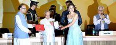 Big B, #Kangana won #National #Awards http://www.yoursnews.in/big-b-kangana-won-national-awards/ #bollywood #news #BigB #proudmoment