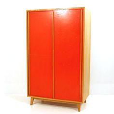 Unique Victoria Kleiderschrank rot mit Schiebet ren H cm B cm T cm
