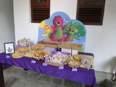 Barney and Friends Tablescape