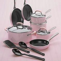 pink farberware pots and pans..SEXY :)