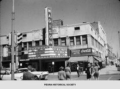 Madison Theater in Peoria, Illinois. Bradley University, Rialto Theater, East Peoria, Peoria Illinois, Movie Theater, Theatre, Old Tv, Historical Society, Old Movies
