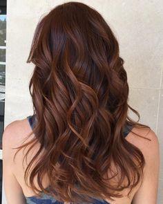 reddish brown hair with caramel highlights