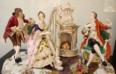Beautiful porcelain group, Capodimonte, 18th Century, Ferdinand IV. Exceptional size of work representing a Young lady playing harp and two gentlemen. For sale on Proantic by Galerie d'Intérieur. #capodimonte #18thcentury #porcelain