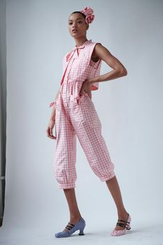 Batsheva Spring 2021 Ready-to-Wear collection, runway looks, beauty, models, and reviews.