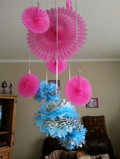 Monster High party decor I can make these like my balls!