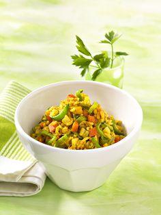 Milder Gemüse-Reis | Dieses vegetarische Gericht wirkt milchbildend. Vollkornreis liefert viele Ballast- und Mineralstoffe.