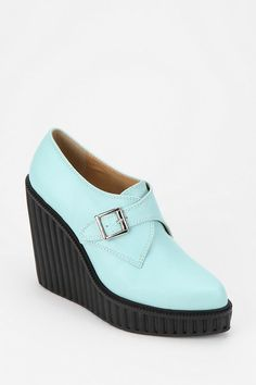 Two fall favorites..combined! #urbanoutfitters #creeper #wedge