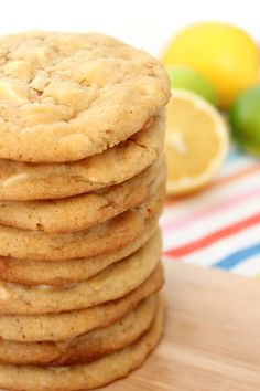 Baksugen: White chocolate chip cookies with lemon