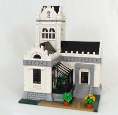 Check out the great use of parts in the architecture of this manor by Tammo S. Modele Lego, Lego Furniture, S Brick, Lego Mindstorms, Model Shop, Lego Blocks, Lego Modular, Lego Castle, Cool Lego Creations