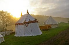 The tournament tents Susan Pevensie, Edmund Pevensie, High Fantasy, Medieval Fantasy, Nocturne, Brienne Of Tarth, Captive Prince, Prince Caspian, Jaime Lannister