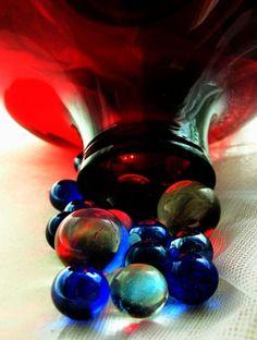 Hmmm - How to Break Bottles for Making Glass Mulch Mason Jar Art, Colored Mason Jars, Glass Ceramic, Ceramic Clay, Dichroic Glass, Fused Glass, Broken Bottle, Melting Glass, Ceramic Techniques