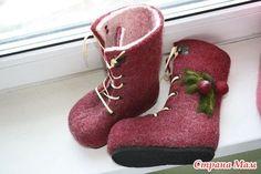 Девочки, встретился МК, как подготовить заготовки валенок под ботиночки.. очень все разжеванно, как сделать, спасибо автору!!!