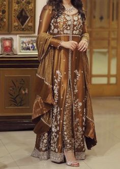 Engagement/ nikkah / Mehndi/baraat outfit inspo for bride/ grooms side… Asian Wedding Dress Pakistani, Pakistani Fancy Dresses, Party Wear Indian Dresses, Beautiful Pakistani Dresses, Pakistani Fashion Party Wear, Pakistani Dress Design, Fancy Dress Design, Bridal Dress Design, Stylish Dresses For Girls