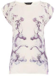 White unicorn print tee