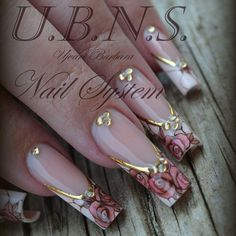 """#ujvaribarbara#nailart#nailpainting#nailstagram#handmade#luxury#lux#roses#gold#foil"""