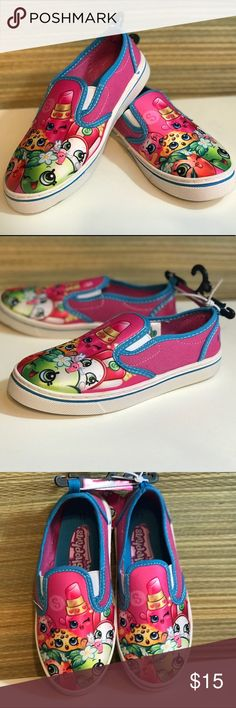 Supergirl Girls Canvas Slip On Casual Shoe Size 2