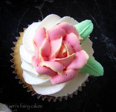 tiny rose  Zuckerblüten | veris fairy cakes