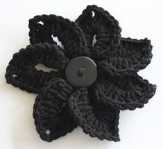 Crochet Flower free pattern. Love this!