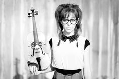 Dubstep Violinist Lindsey Stirling Working with Lady Gaga's Manager