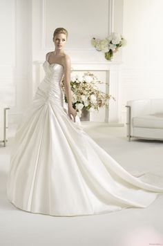 FASE | Bridal Gowns | 2013 Collection | Avenue Diagonal