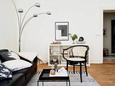 pequeno-apartamento-ebano-marfil-diseno-escandinavo