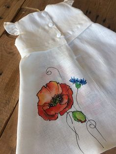 White long boho wedding flower girl dress with painted red poppies, Rustic baby summer outfit, Natural linen kid clothing in vintage style Daisy Wedding Flowers, Wedding Flower Girl Dresses, Purple Wedding, Floral Wedding, Girls Summer Outfits, Kids Outfits, Painted Clothes, Summer Baby, Red Poppies