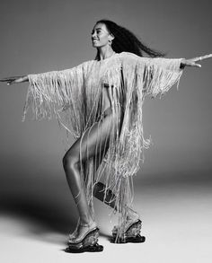 Solange Knowles by Marcus Cooper for Numero Berlin Summer 2019 - Minimal. Solange Knowles, Cranes In The Sky, Vogue Spain, Emmanuelle Alt, Inspiration Art, Julie, Couture Week, Wedding Art, Black Girl Magic