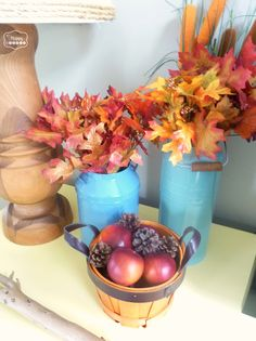 Lots of easy ideas for adding fall touches to your living room decorating at thehappyhousie