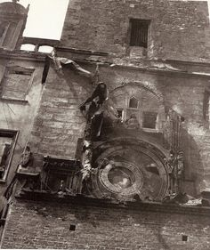 #Prague Astronomical Clock destroyed on 8.5.1945 during the Prague upraising against the Nazi. The Old Town Town hall was a hiding place for the resistance group and was therefore targeted. The Old Town Square has never been the same since. #CzechPragueOut