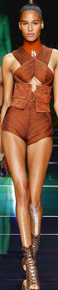 Balmain Spring 2016 Ready-to-Wear Fashion Show Paris Fashion, Runway Fashion, High Fashion, Fashion Show, Womens Fashion, Christophe Decarnin, Balmain Collection, French Fashion Designers, Haute Couture Fashion