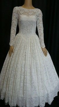 1950's lace gpwn