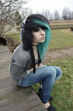 I wish I had the courage to do this. Besides my mom would kill me because she thinks emo/scene/goth people are horrible. She doesn't know that I'm the same way as emo/goth/scene people :'( -Grace M Misfit Scene Girls, Dye My Hair, My Hairstyle, Pretty Hairstyles, Long Punk Hair, Emo Mode, Scene Makeup, Emo Makeup, Cute Emo Girls
