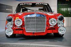 Mercedes-Benz 300 SEL AMG