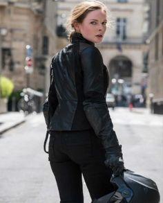 Mission Impossible 6 Rebecca Ferguson Jacket (1) Rebecca Ferguson, Ilsa Faust, Black Dress Red Carpet, Mission Impossible Fallout, Moto Jacket, Most Beautiful Women, Winter Jackets, Normcore, Celebs