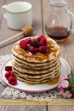 Food L, Good Food, Breakfast Pancakes, Vegan Cake, Sweet Cakes, Afternoon Tea, I Foods, Sweet Recipes, Food And Drink