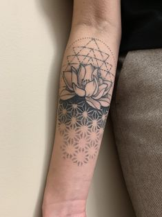 Floral + geometric tattoo (healed) by Megan (now @ Immaculate Concept) in Calgary - List of the most beautiful tattoo models Geometric Tattoo Meaning, Geometric Sleeve Tattoo, Geometric Tattoo Design, Tattoos With Meaning, Geometric Tattoo Filler, Mandala Tattoo Sleeve, Geometric Shapes, Sexy Tattoos, Cute Tattoos